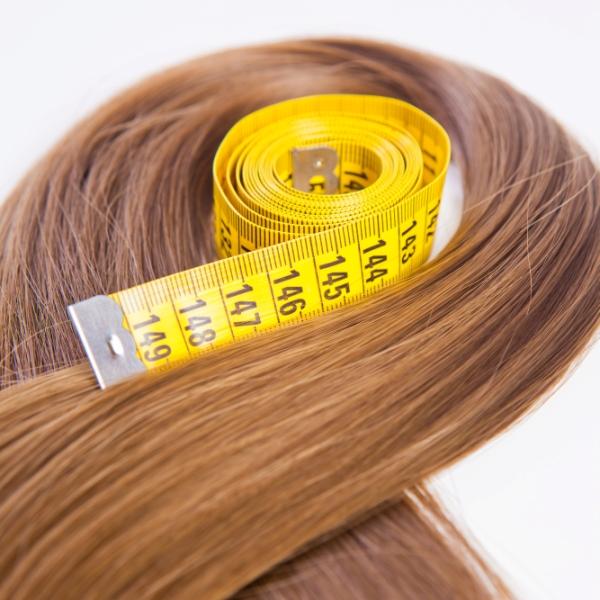 L'huile de ricin favorise la croissance des cheveux